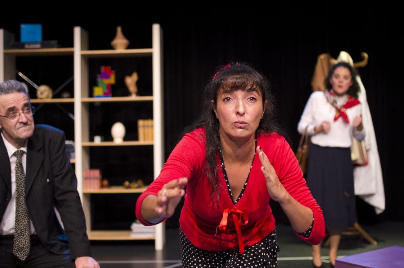 Myriam GHARBI - Comédienne et metteur en scène